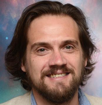 Dr. Daniel Angerhausen